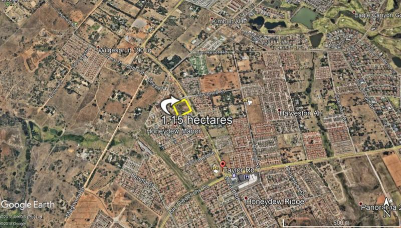 Property For Sale in Honeydew Manor, Roodepoort 8
