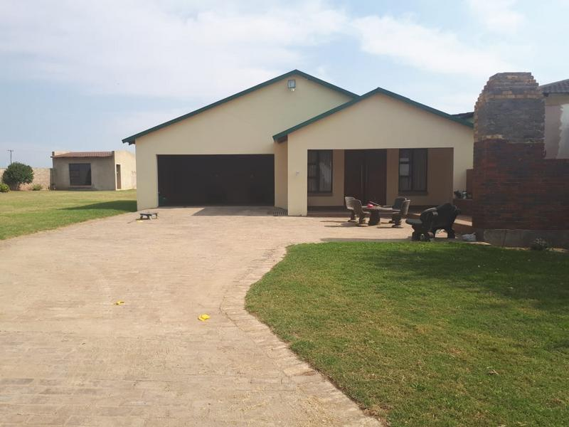 Property For Sale in Randfontein, Randfontein 2