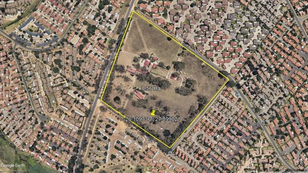 Property For Sale in Wilgeheuwel, Roodepoort